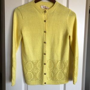 Sweaters - Vintage yellow cardigan with gold buttons sz M